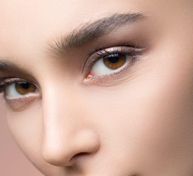目の整形で目の開きが足りないトラブルを解説