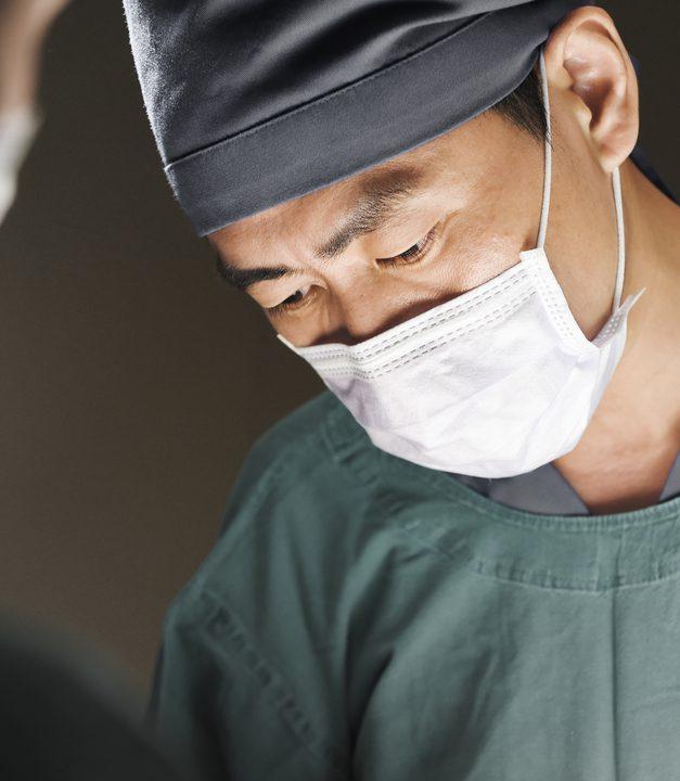 【口コミ・体験談】s美容外科で瞼板法をしました。
