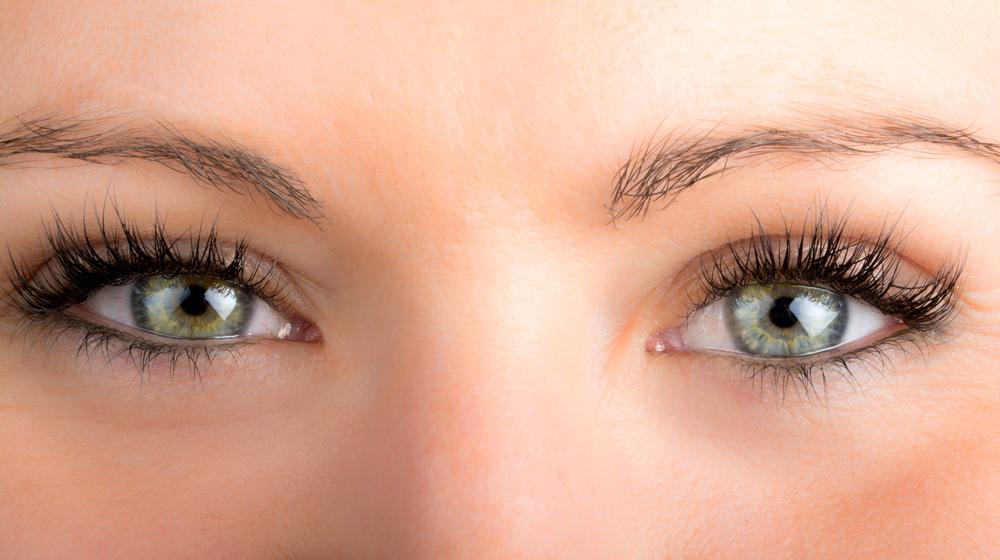 上眼瞼脱脂法(腫れぼったいまぶたの脱脂)の効果と失敗・修正を徹底調査!