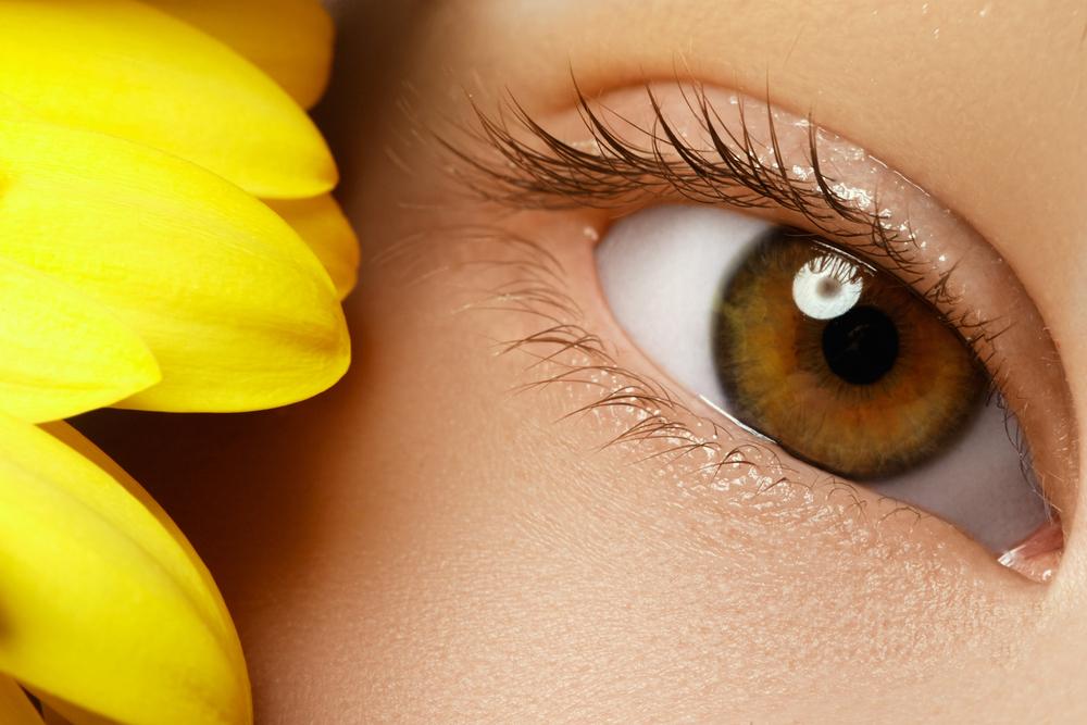 上眼瞼脱脂法(腫れぼったいまぶたの脱脂)の失敗とは