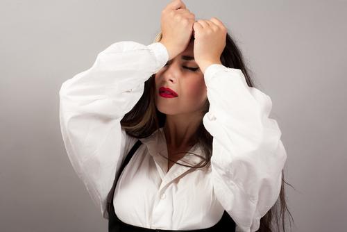 上眼瞼脱脂法(腫れぼったいまぶたの脱脂)の失敗